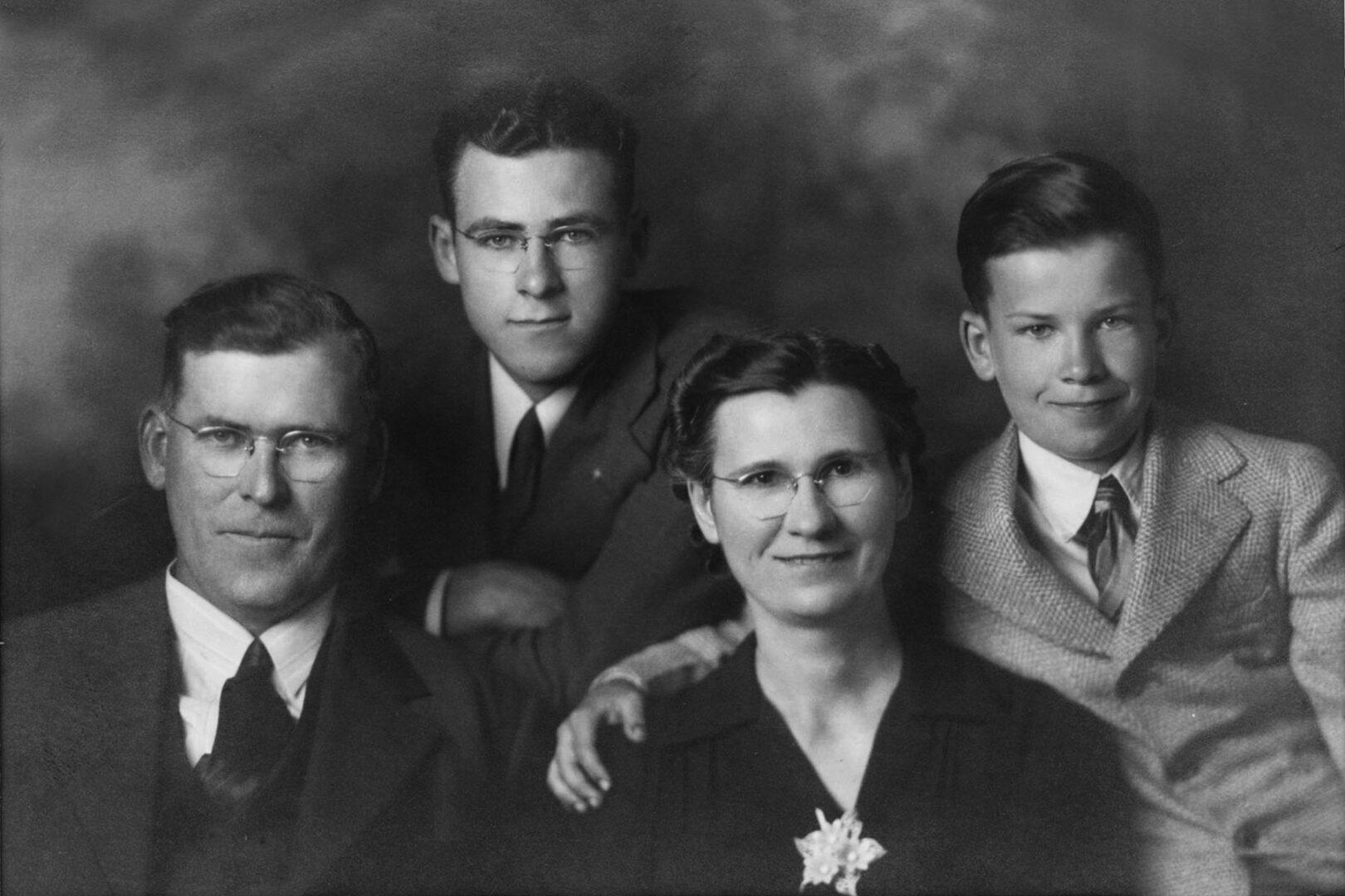 Harold Mueller Family Portrait